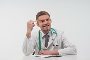 Новый формат — Варшавский интенсив-курс языковой подготовки и комплексной адаптации украинских медиков к работе в Европе (начиная с Польши).