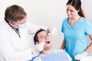 Програма для лікарів-стоматологів: