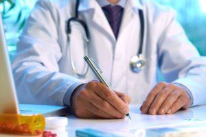 сколько может заработать врач в Польше