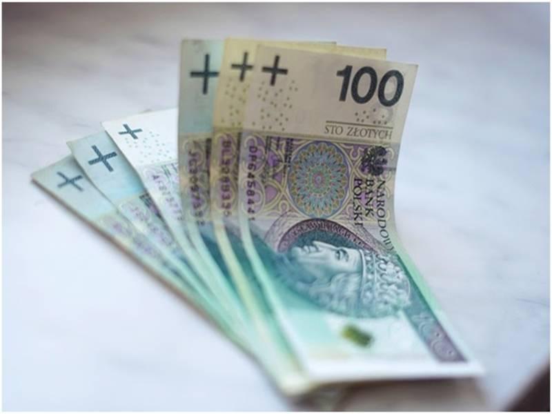 Оплата післядипломного стажування лікарів-іноземців: роз'яснення МОЗ Польщі