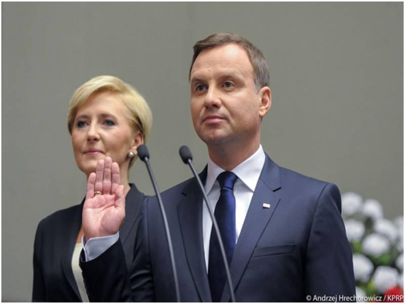 Президент Польши подписал закон о медицинских кадрах
