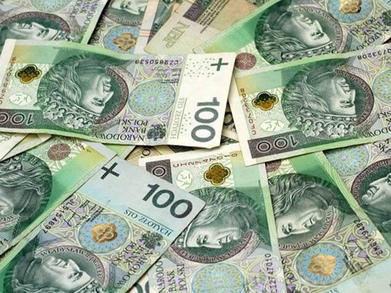 У 2021 р. польських лікарів очікує чергове підвищення базової заробітної плати